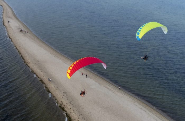 Paramotors over the peninsula